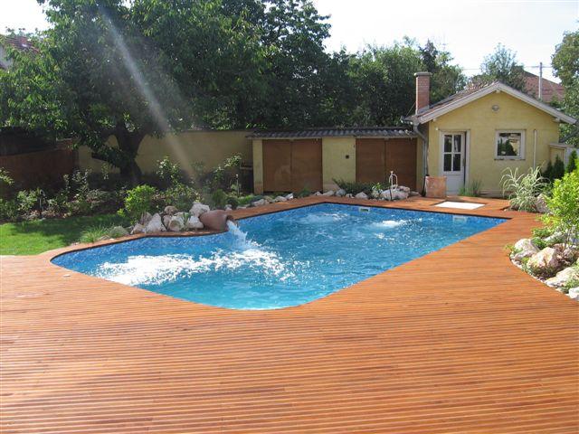 Gradina cu piscina oaza de relaxare de acasa blogul for Cat costa constructia unei piscine