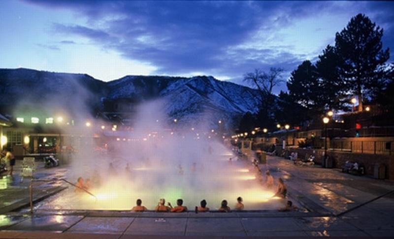 Glenwood Hot Springs (Glenwood Springs, Colorado)