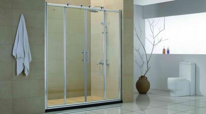 model baie minimalista