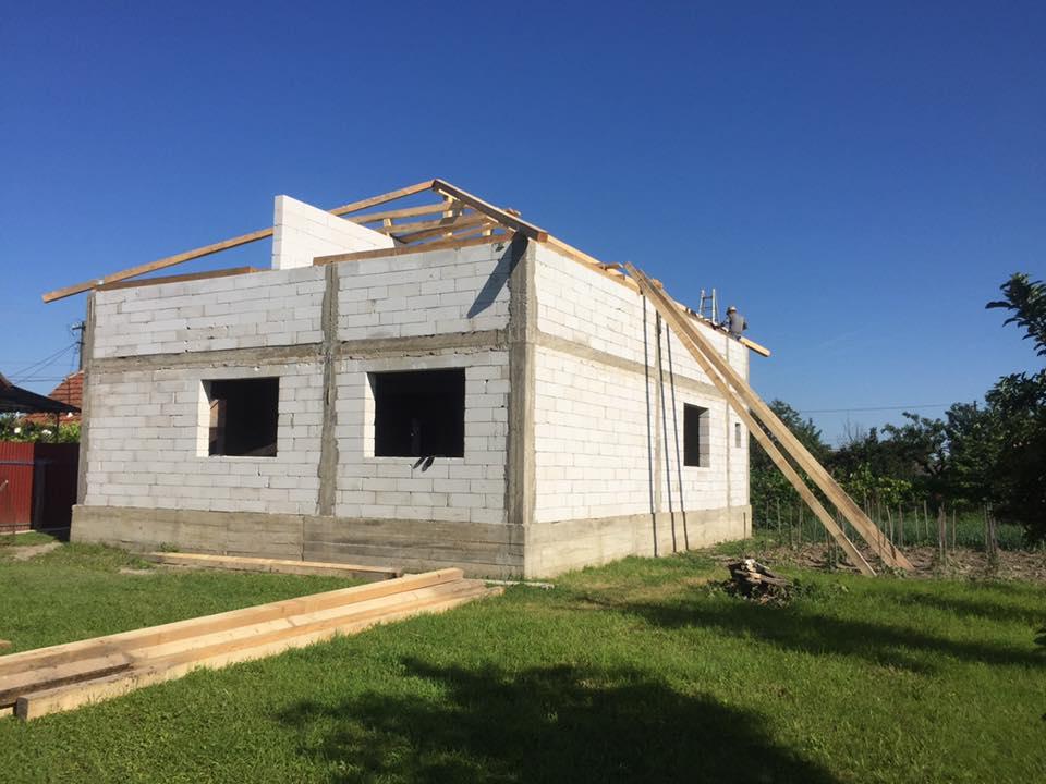 Casa de bca in constructie