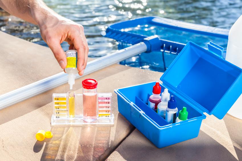 Verificare apă piscină