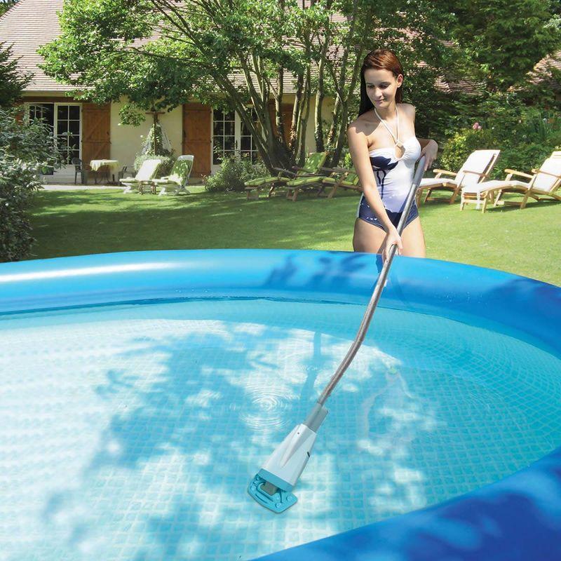 Curățarea piscinei gonflabile