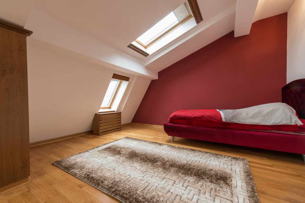Amenajarea unui dormitor in mansarda