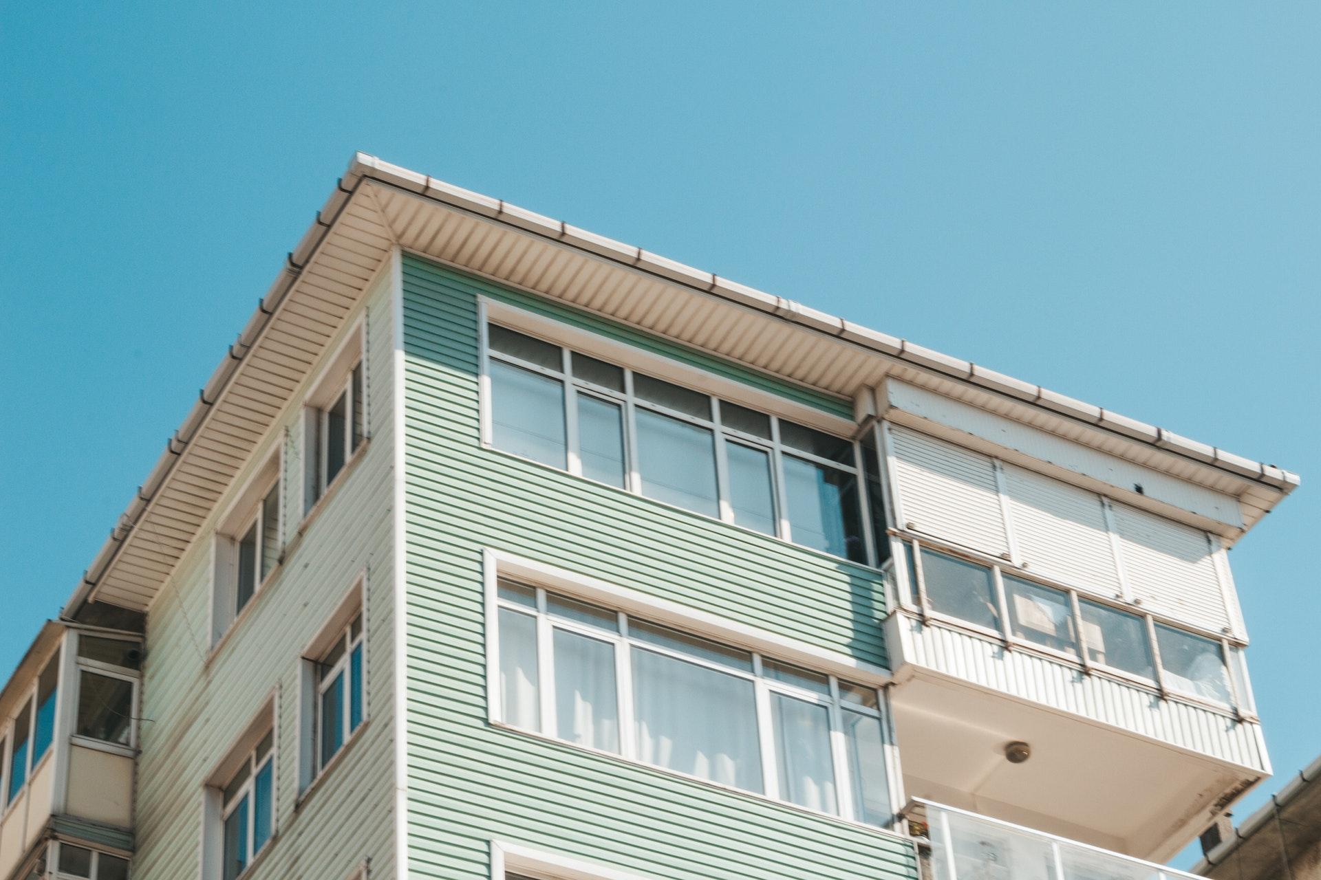 Balcon inchis