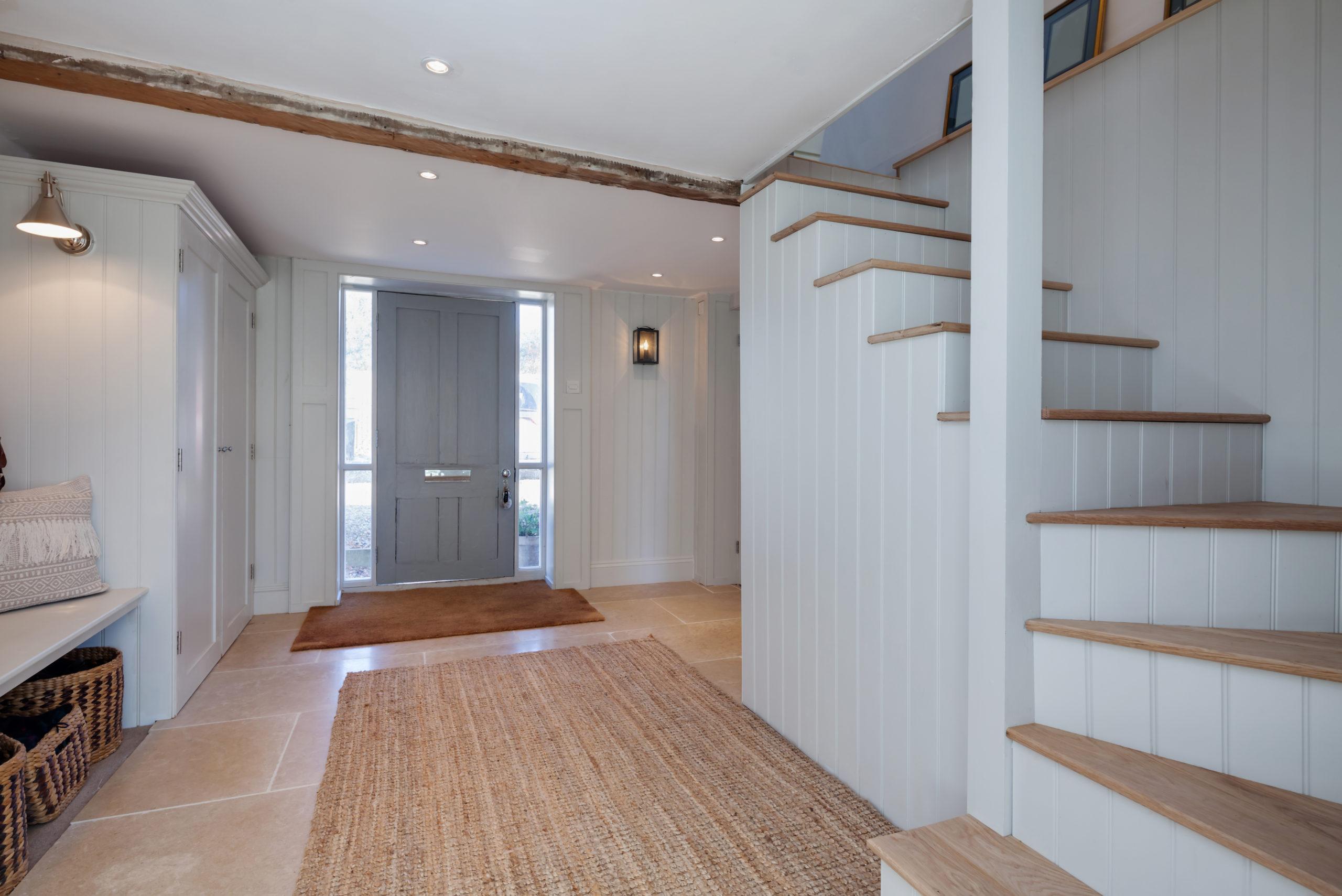 Amenajarea unui hol cu scari