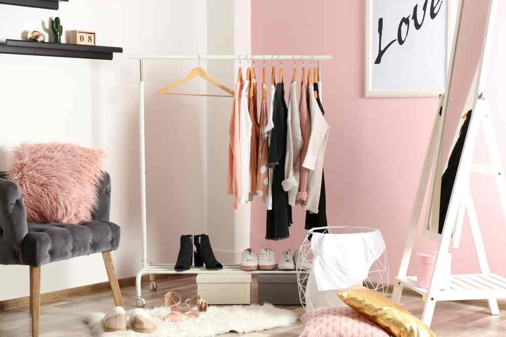 Dressing in dormitor