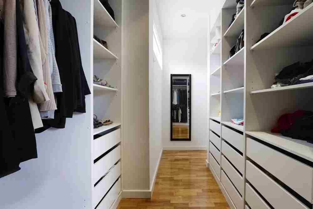 Dressing cu mai multe dulapuri